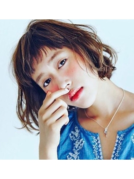 *ワイドバングmilkベージュ☆短め前髪ラフカールボブ♪