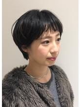 黒髪ショート.5