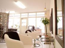 大人ナチュラル&アンティークな雰囲気と落ち着いて寛げる空間!