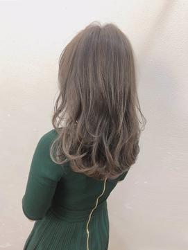 Theo /カーキグレージュ/ 巻き髪風パーマ/セミロング
