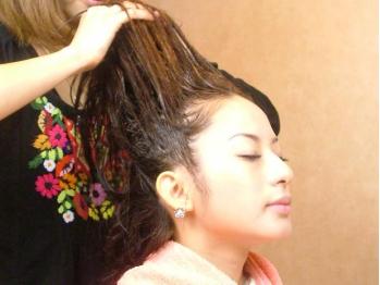 ヘアーアンドヒール アーモンド(Hair&Heal ALMOND)