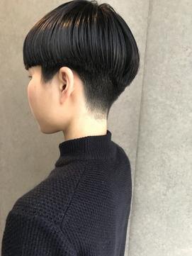 bibito 重め前髪刈り上げショート女子 エッジショートマッシュ