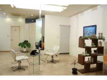 1階)着付けやまつ毛パーマ・エクステ用のスペースもあります。