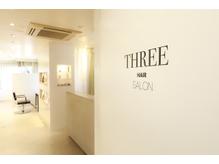 THREE【スリー】