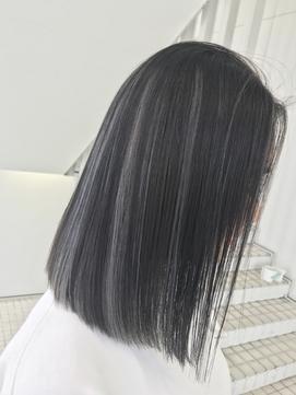 Lee梅田◆黒髪×ハイライト×ワンレン×アクセサリー風デザイン
