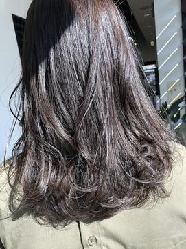 スモーキーピンクベージュ【千葉・千葉駅・千葉駅北口】