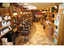 ヘアースペース エートゥーゼット(HairSpace AtoZ)の詳細を見る