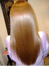 【細毛・軟毛・ダメージの気になる方必見】かつてない、白金の力で髪を綺麗にするプラチナ縮毛矯正で艶髪!