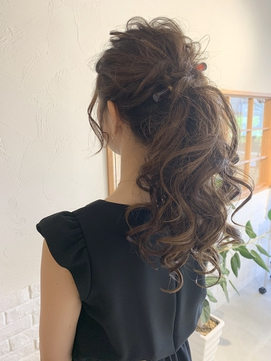 LiLy hair design ポニーテール