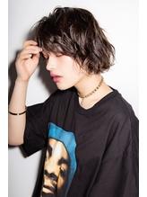 【Euphoria】セミウェットルーズな小顔ショートボブ☆ 前髪パーマ.36