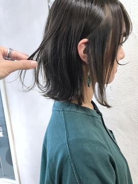 nude仲井【ブリーチなし】モスグリーンカラー/切りっぱなしボブ