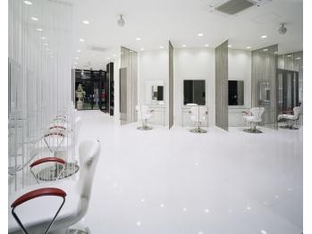 アース 泉中央店(HAIR&MAKE EARTH)