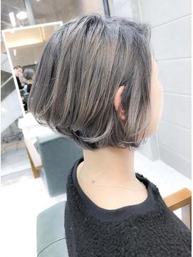 美シルエットひし形ショートスタイル☆アッシュ透明感カラー