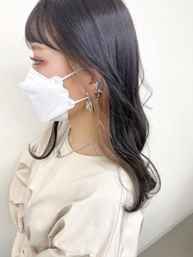 イヤリングカラー/黒髪×ベージュ/イメチェン/小顔前髪