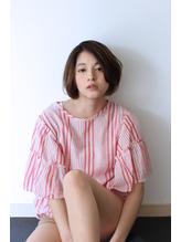 ヌーディベージュ×艶髪ショートbob.45