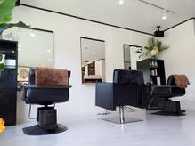 ヘアーブース ウイング(Hair-Booth Wing)の写真