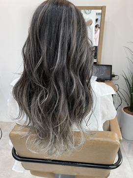 【HAIR  One木下】バレイヤージュ×シルバーアッシュ