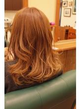デジタルウェーブなのにやわらかカール?コスメクリームの使用で髪へのダメージ減!しっとりふんわり♪