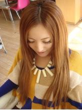 これからの季節のイメージチェンジにエクステがオススメ☆最上級人毛100%エクステが大幅プライスダウン!!