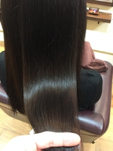 ずっと美しい髪を保ってほしいから、髪に優しいモノだけを厳選。お子様も敏感肌の方にも心強いラインナップ
