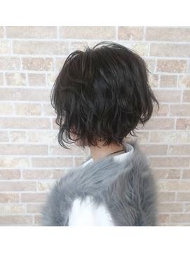 ラフウェーブパーマ×黒髪ショート
