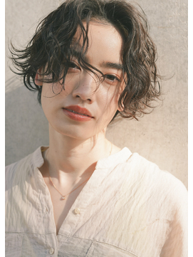 濡れ髪 ショコラベージュ クールショート 黒髪