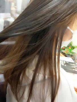 hair sos さりげなく ツートンカラー グレージュ