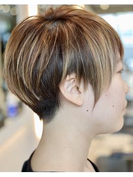 【RISK 高橋勇太】三鷹 カットが上手い 黒髪ベリーショート