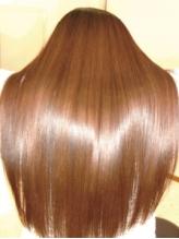 fLaPが自信を持ってオススメする【マジカルストレート】で髪質改善◎★たっぷり艶をまとう美人髪に…☆