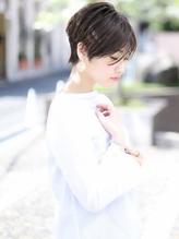 25歳からの美容院【エアリーショート・グレージュ】n.9