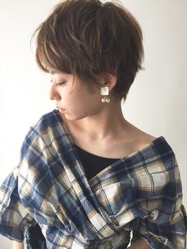 【hair&make bis】動きのあるショートスタイル