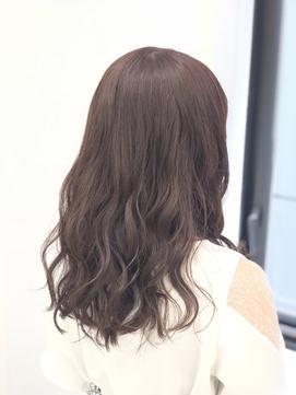 【ピンクベージュ×ゆるふわナチュラル】