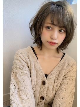 【添田】無造作セミウェットカール耳かけボブルフオリーブカラー