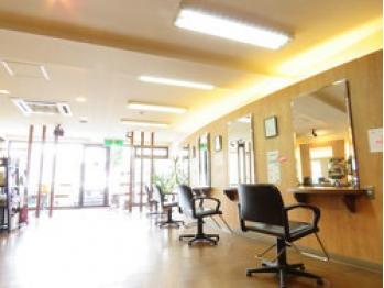 ヘアーステージ アクア 清田店(HAIR STAGE AQUA)(北海道札幌市清田区/美容室)
