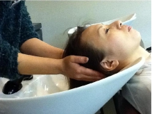 病み付きになる気持ちよさ☆マッサージと、髪・頭皮のケアが同時にできる、極上の癒し『ヘッドスパ』