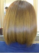 限られたサロンしか取り扱う事の出来ない≪ヤバヤバトリートメント≫☆髪の毛1本1本を修復し極上の艶髪へ