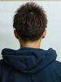 刈り上げツーブロック黒髪短髪アップバング韓国風