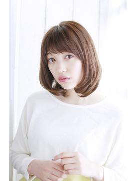 Resortsalon M【新宿東口店】大人カジュアルツヤ系内巻きボブ
