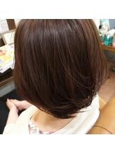 浸透力が良く、短時間で髪の深部まで栄養が届く♪いま話題の【水素トリートメント】で艶のある美髪へ!