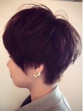 【加古川駅すぐ◆新規カット3240円】第一印象を左右する前髪や顔周りに動きを出すカットで小顔に見せます!