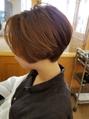 前髪なしのショートグラデーションボブ
