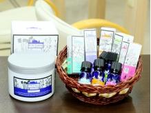 ヘッドスパに使用する5種類のアロマオイルで自分好みの香りに♪