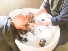 【月曜OPEN!】ヘッドスパ専用の贅沢なシャンプー台≪YUMEシャン≫で、≪本格バリ式アロマSPA≫を堪能!