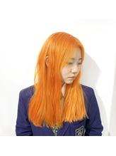 [prankster]パッションオレンジの切りっぱなしロングヘア.14