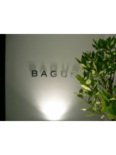 バグース(BAGUS)