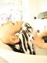 【ケラスターゼ/センシドットスパ】リラクゼーション&お顔周りまでスッキリ!美に特化した贅沢本格スパ☆