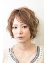 小顔カットと毛先パーマで女子力UPのショートヘア☆ 女子力.57