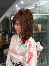 スジ盛りアップスタイル 盛り髪.25