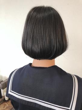 黒髪ボブヘア