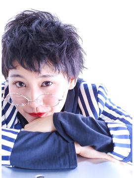 GALLERIA ORIGIN'S  メガネ×艶髪!暗髪ベリーショート!